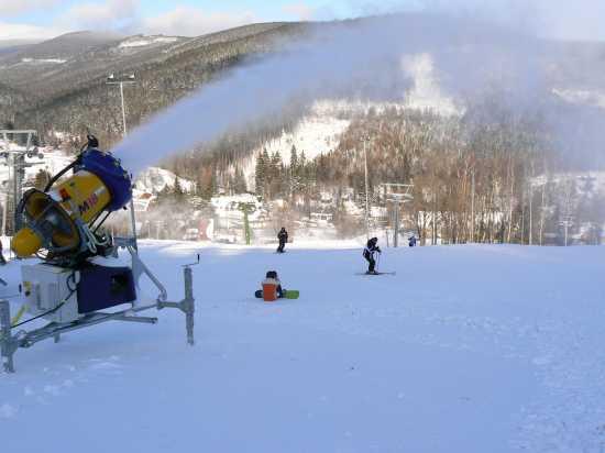 Testování závodních a sportovních modelů lyží i koncert